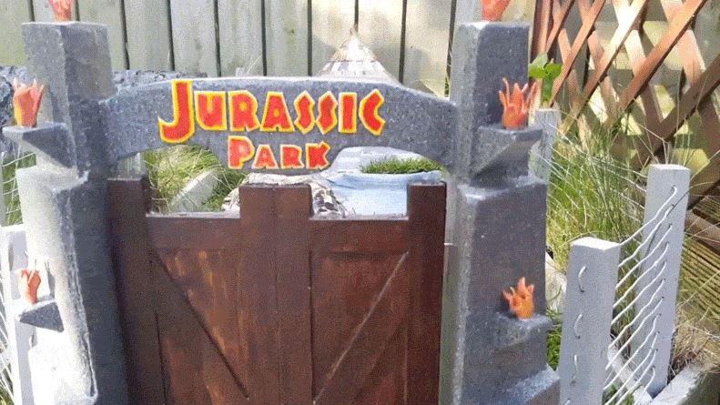 Jurassic Park Built For This Lucky Tortoise