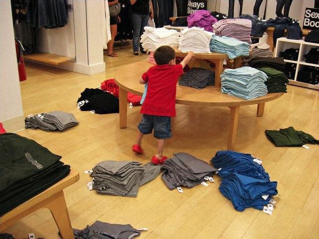 DrkOxGKpT2y4aSCiGird_clothes-on-the-ground-bad-kid
