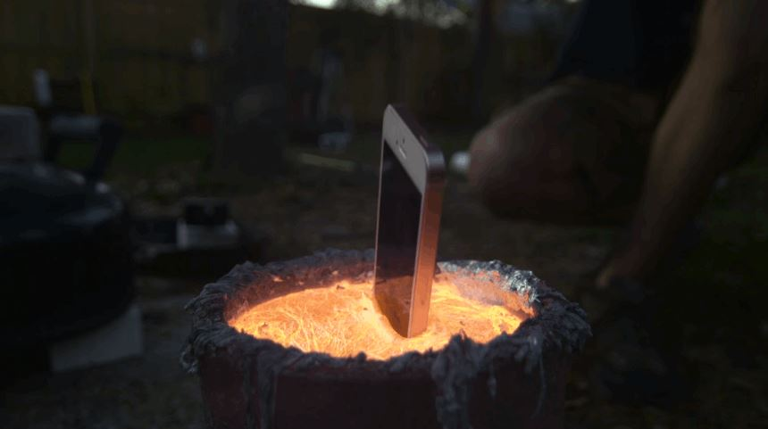 Dropping An iPhone Into Molten Aluminum