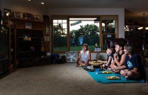 How Dinnertime Looks Like In 36 Different Homes