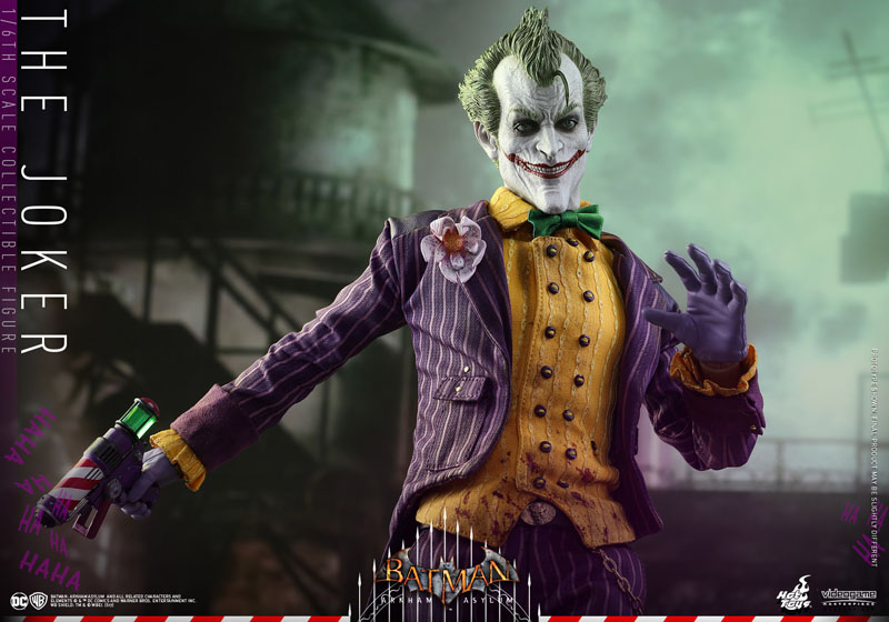Hot Toys Joker Action Figure
