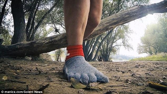 Minimalist Socks