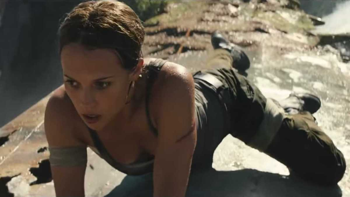 This First Clip From TOMB RAIDER Features Lara Croft's Daring Escape