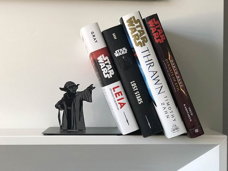 star-wars-yoda-bookend-3