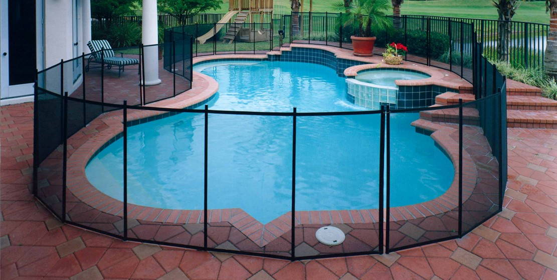 Mesh-Wire Fence for Your Pool (4)