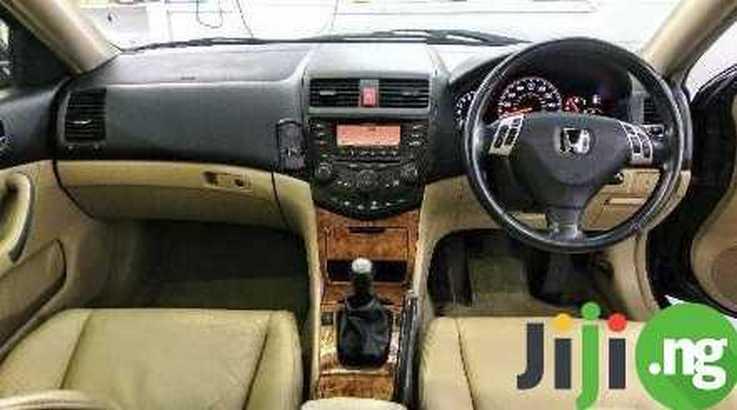 Honda Accord 2008 (1)