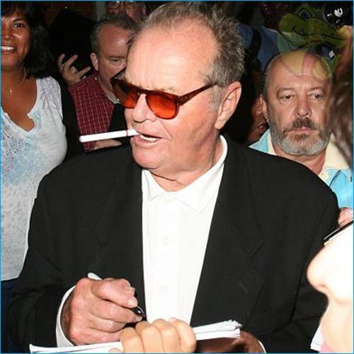 Jack Nicholson vaping