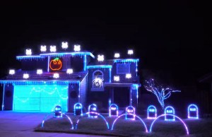 Halloween GHOSTBUSTERS Theme Song Light Show