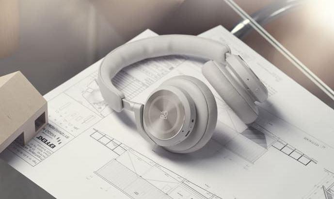 Bang & Olufsen Beoplay HX Headphones (2)