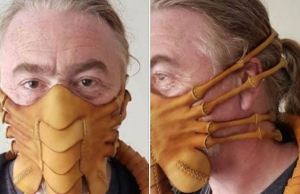 'Alien' Facehugger Face Mask