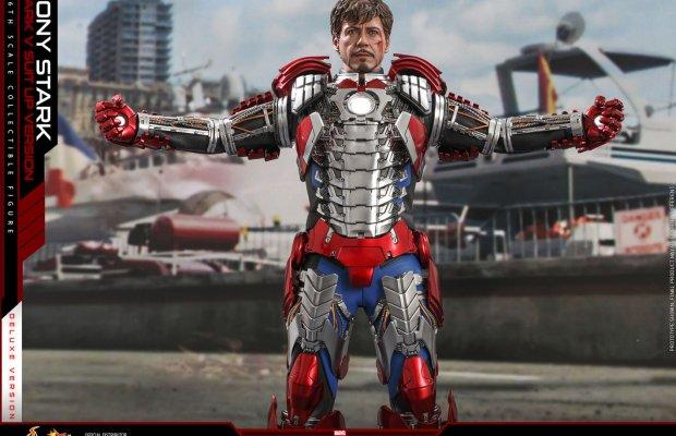 IRON MAN 2 Tony Stark Collectible Figure