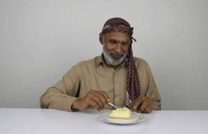 Pakistani's Trying Cheesecake for the First Time