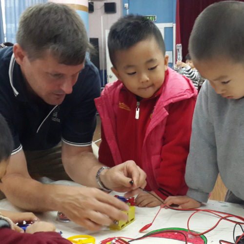 Teaching electricity in Shenzhen December 2014