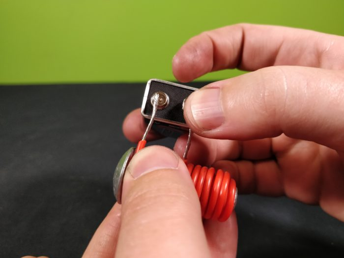 Attaching wires to a 9V battery