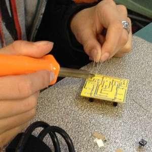 madlab soldering circuits