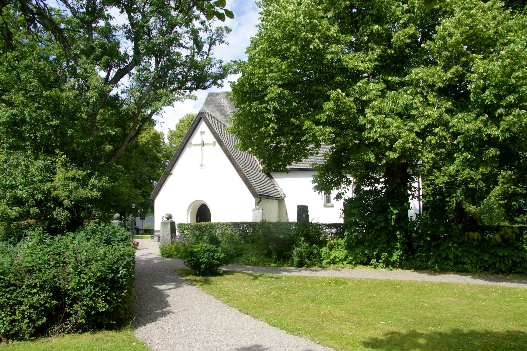 H%C3%A4rnevi kyrka2
