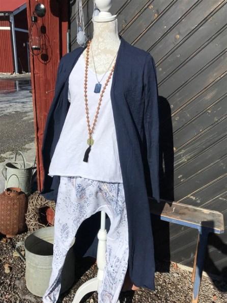 Butiken i Löth har både inredning och kläder