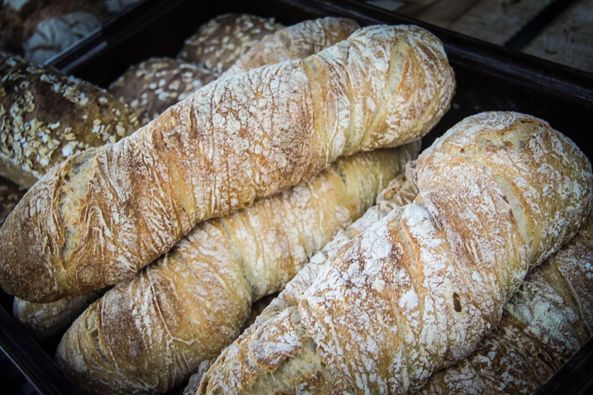 mountain bread pasta mountain bread and pasta farmer's market farmer's food fjardhundraland uppsala 2016 october 07 16 07 33