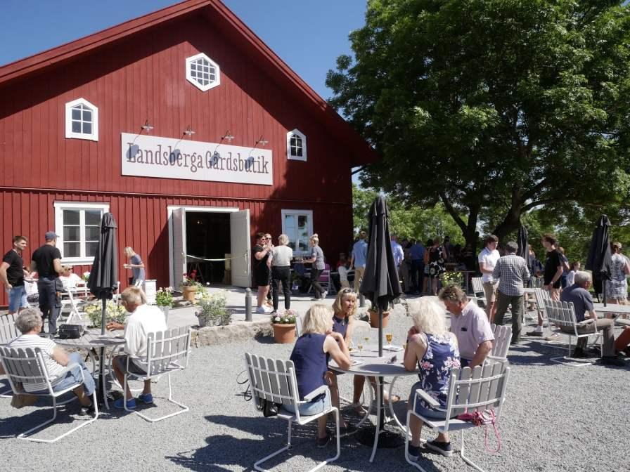 Landsberga farm shop opening - 010618-39