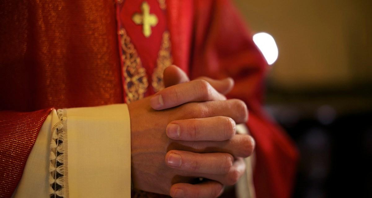 Para todos los sacerdotes