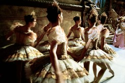 Paris Opera Ballet. Photograph by Gérard Uféras