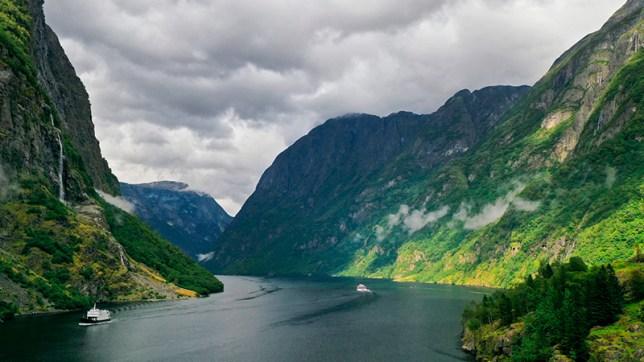 FJORDS NORWAY - The Aurlandsfjord and Nærøyfjord