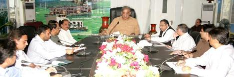 Shahbaz Sharif presiding a meeting on Ashiana City in Lahore on September 3, 2011
