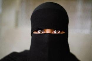 Une femme musulmane portant le hijab