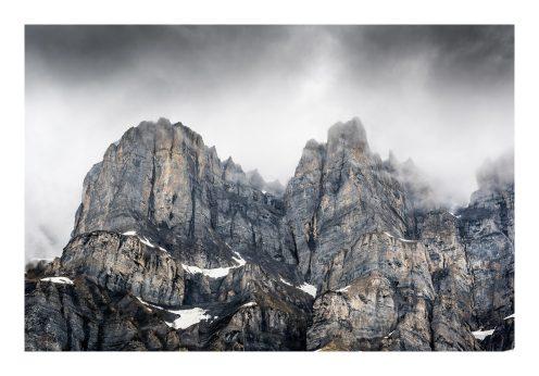 Between sky and mountains - Switzerland - Jennifer Esseiva (1)
