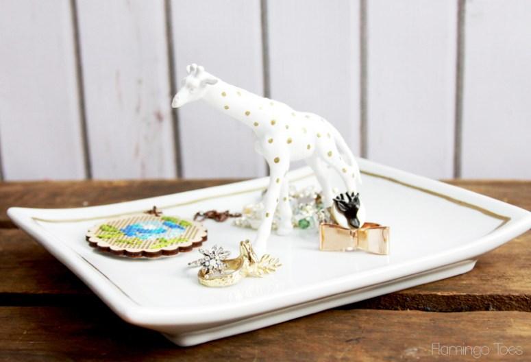 Polkadot-Giraffe-Jewelry-Tray