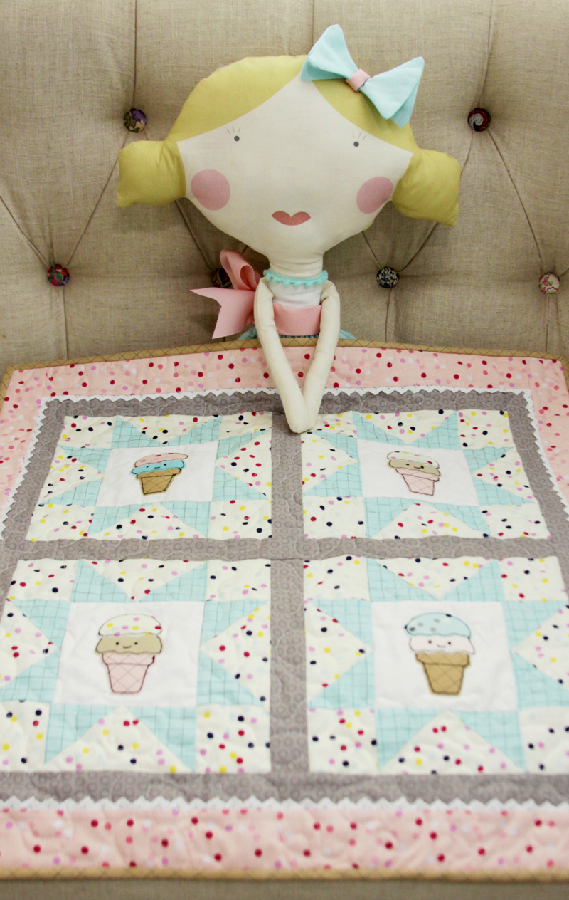 sweet-doll-and-ice-cream-quilt