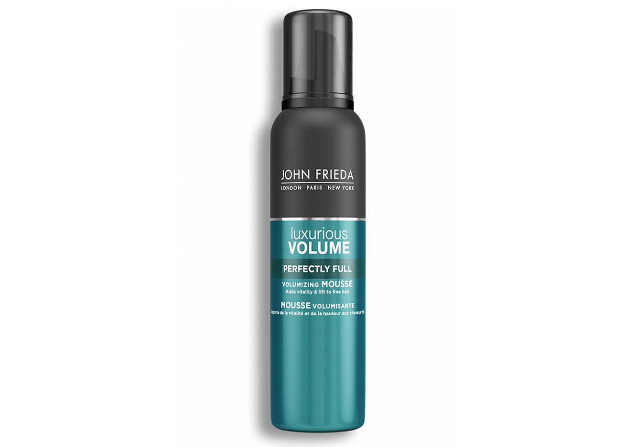 how to air dry hair without frizz: john frieda