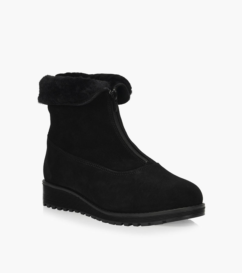 editors favourite products: best snow boots
