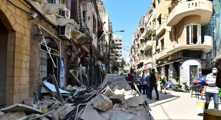As Beirut rescuers search for survivors, UN warns of 'huge' needs