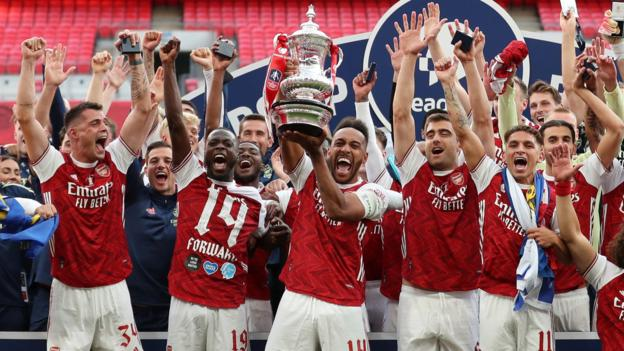 FA Cup final 2020: Arsenal 2-1 Chelsea - Aubameyang double secures victory
