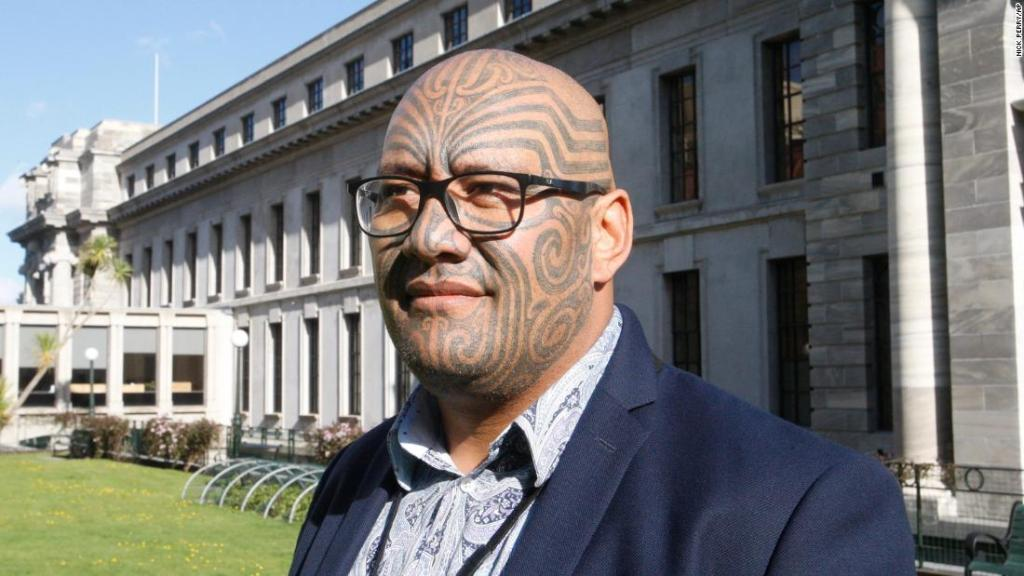 Māori leader removed from New Zealand parliament after performing haka