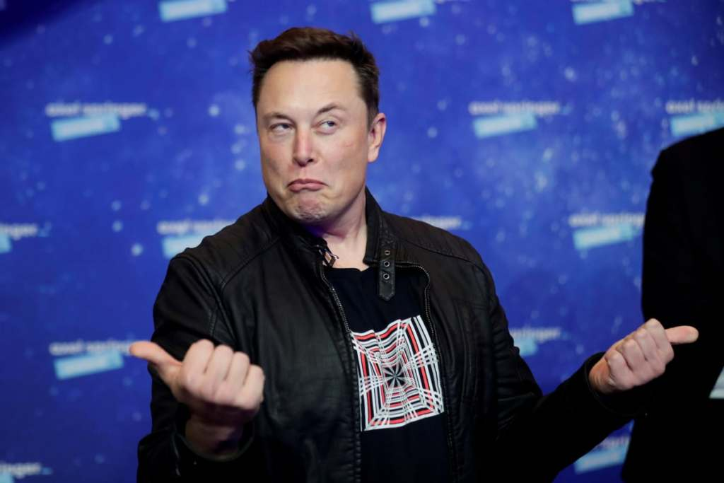 Tesla CEO Elon Musk Becomes World's Richest Person, Tweets 'Back to Work'
