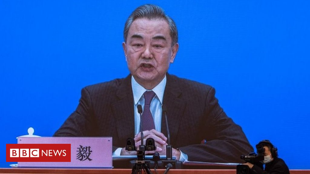 Uighurs: Chinese foreign minister says genocide claims 'absurd'