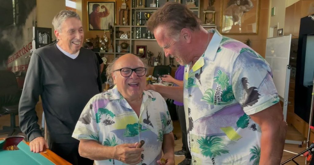 Watch Danny DeVito Get Pranked by Arnold Schwarzenegger Ahead of 'Twins 2' Filming