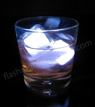 2_led_ice_cubes