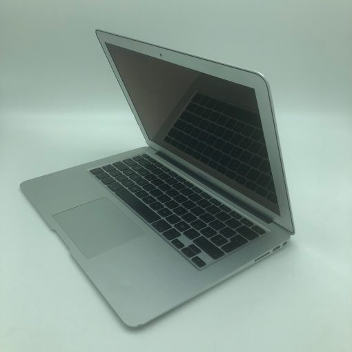 "IMG 1075 scaled Apple MacBook Air 13.3"" intel®Core 2 Duo 1.86GHz Late2010 (Ricondizionato)"