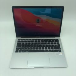 "IMG 1584 scaled Apple MacBook Air 13.3"" Retina Argento intel® Dual-Core i5 1.6GHz 2018 (Ricondizionato)"