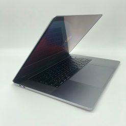 """IMG 1901 scaled Apple MacBook Pro 15.4"""" TouchBar Grigio Siderale intel® 6 Core i9 2.9GHz 2018 (Ricondizionato)"""