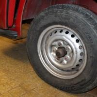 VW Combi T2a rouge conduite difficile
