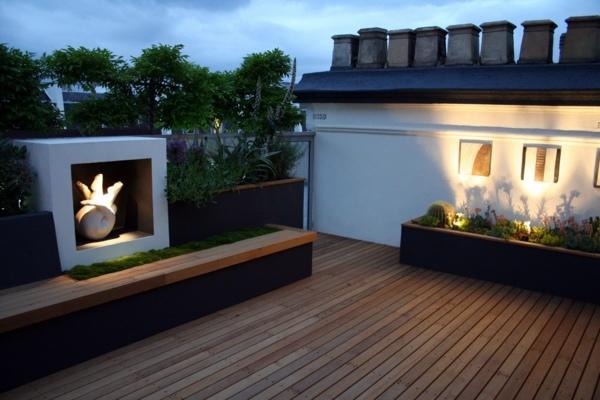 Terrazza sul tetto in stile minimalista e moderna