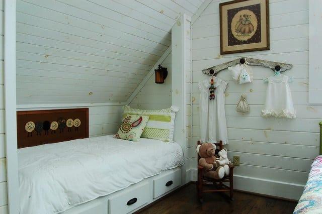 mansarda camera da letto