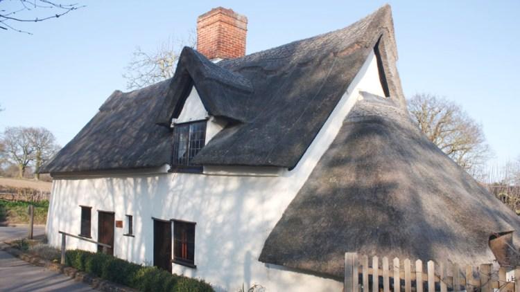 photo of Bridge Cottage in Spring sunshine