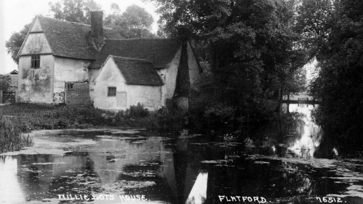 Black and white photo of a derelict Willy Lott's House pre 1926