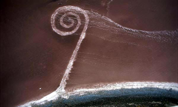 Robert Smithson, Spiral Jetty (1970)