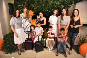 Mommas, babies, and Rimowa Salsa Air Minis